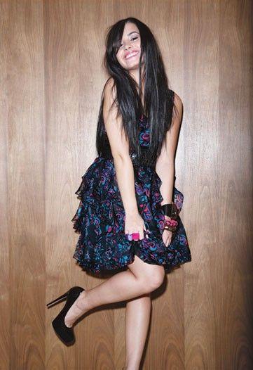 demi-lovato-super-cute-fashionista-photos.jpg
